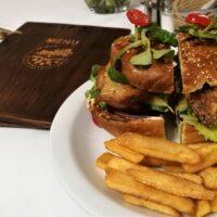 Burgerowa niedziela w Kresowej Osadzie